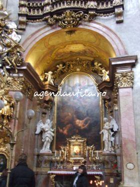 5 obiective turistice de vazut gratis in Viena:peterskirche viena3