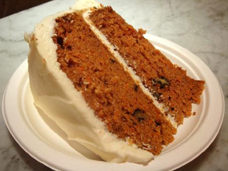 tort cu morcovi si branza crema