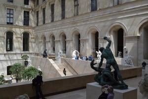 muzeul luvru iip7