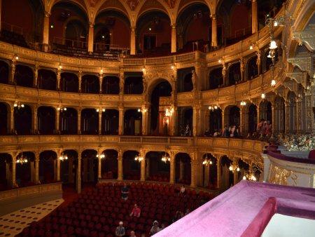 obiective turistice interesante in budapesta opera 1