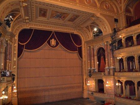 obiective turistice interesante in budapesta opera 2