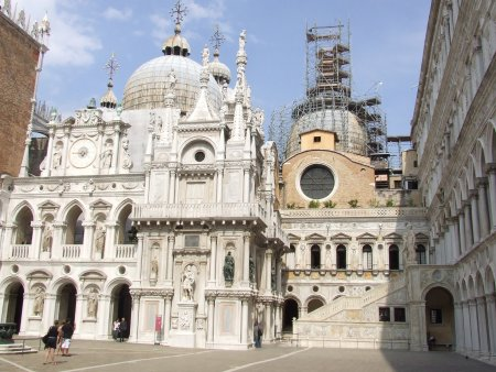 Atractii turistice in Venetia palatul dogilor 2