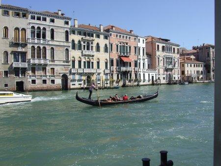 Atractii turistice in Venetia plimbare gondola