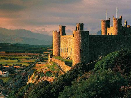 5 Castele medievale de poveste din Tara Galilor harlech