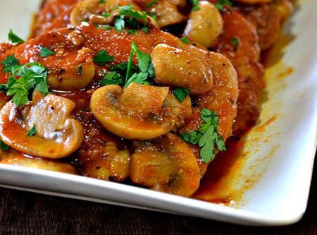 muschi-de-porc-in-sos-de-ciuperci