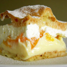 Prajitura cu crema vanilie si branza de vaci