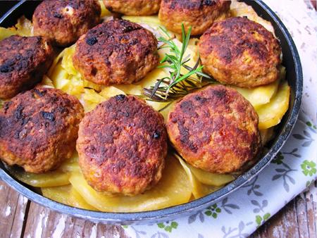 Chiftele cu cartofi la cuptor