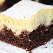 Prajitura bicolora cu iaurt si budinca de vanilie ff