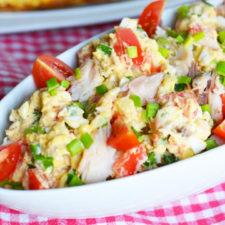Salata cu cartofi si macrou afumat
