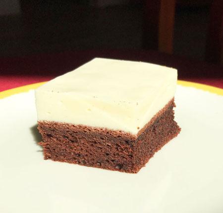 Prajitura cu blat de cafea si crema de cocos