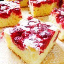 Prajitura-cu-fructe-si-smantana-1